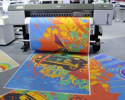 Широкоформатная печать рекламного баннера фото №01